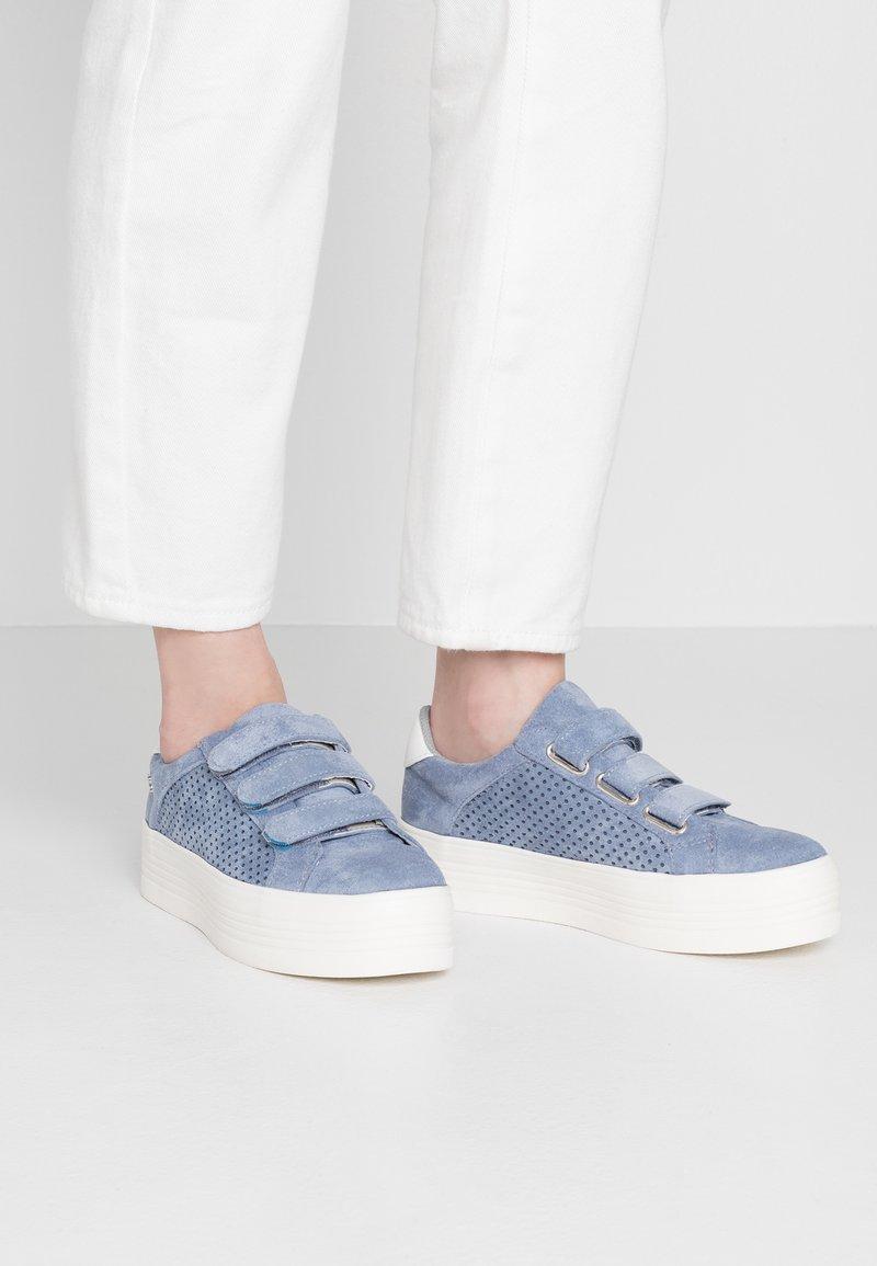 Refresh - Sneakers - jeans