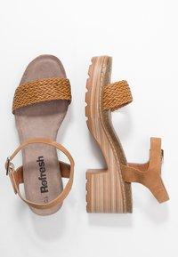 Refresh - Sandalen met plateauzool - camel - 3