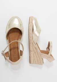 Refresh - Espadrilky - gold - 3