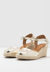 Refresh - Espadrilky - gold - 4