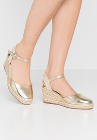 Refresh - Espadrilky - gold - 0
