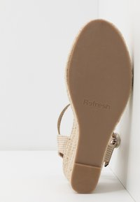 Refresh - Espadrilky - gold - 6