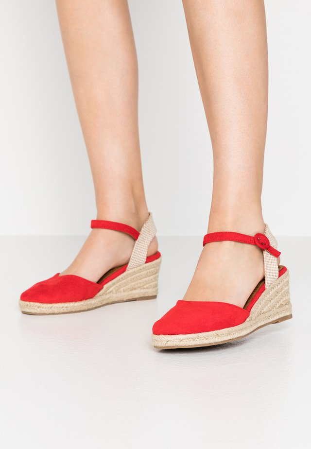 Espadryle - red