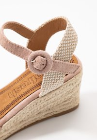 Refresh - Loafers - nude - 2