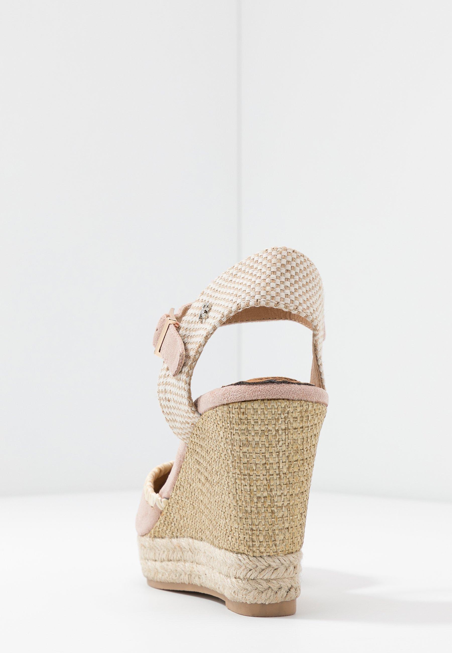 Refresh Sandales à plateforme - nude