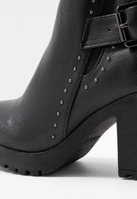 Refresh - Ankle boot - black - 2
