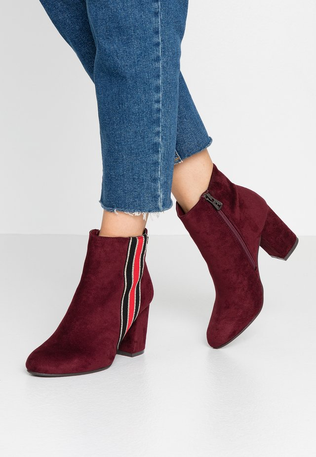 Ankle boot - burgundy