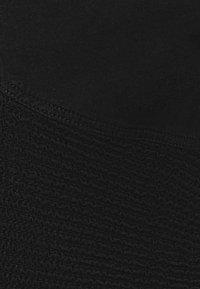 Re-Gen - TEEN BOYS BERMUDA - Denim shorts - black - 3