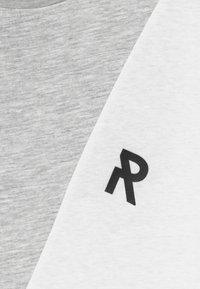 Re-Gen - TEEN BOY REPEAT - Print T-shirt - ashley blue - 3