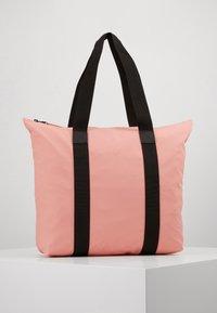 Rains - TOTE BAG RUSH - Shopping Bag - coral - 0