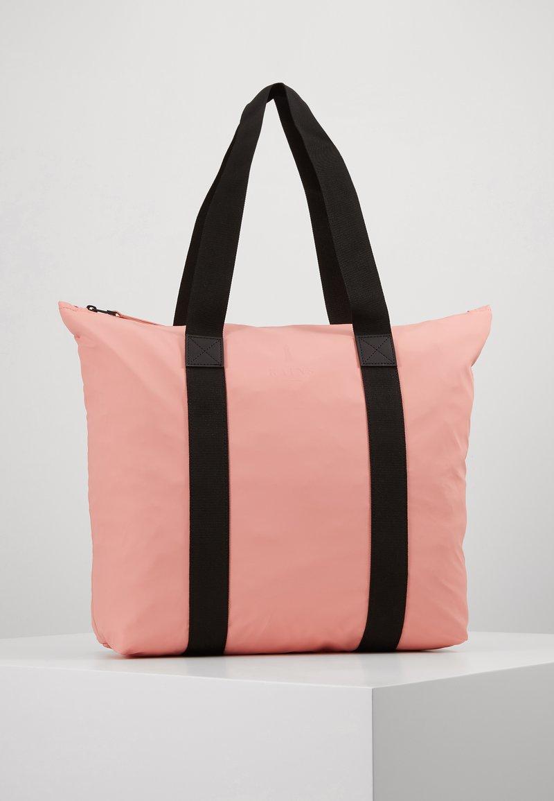 Rains - TOTE BAG RUSH - Shopping Bag - coral
