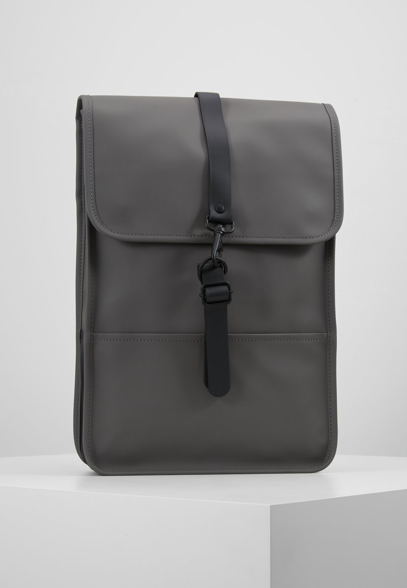 Rains - BACKPACK - Sac à dos - charcoal