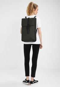 Rains - BACKPACK - Sac à dos - green - 4