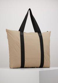 Rains - Bolso shopping - beige - 3