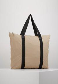 Rains - Bolso shopping - beige - 4