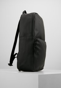 Rains - FIELD BAG - Ryggsekk - black - 3