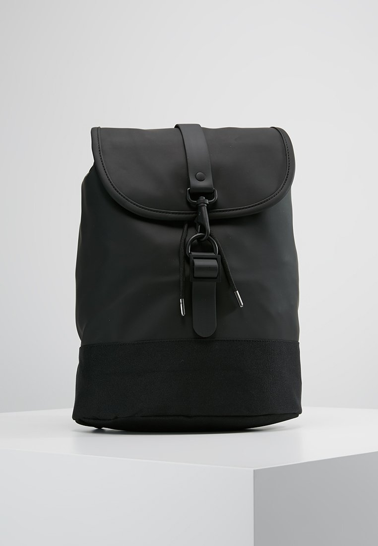 Rains - DRAWSTRING BACKPACK - Tagesrucksack - black