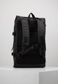 Rains - MOUNTAINEER BAG - Rucksack - black - 2