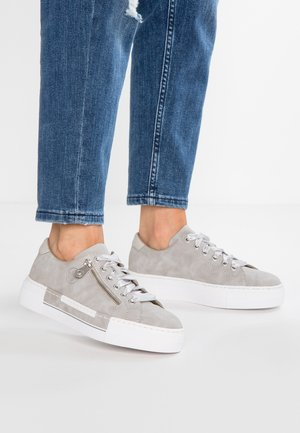 Sneakers laag - cement/silver