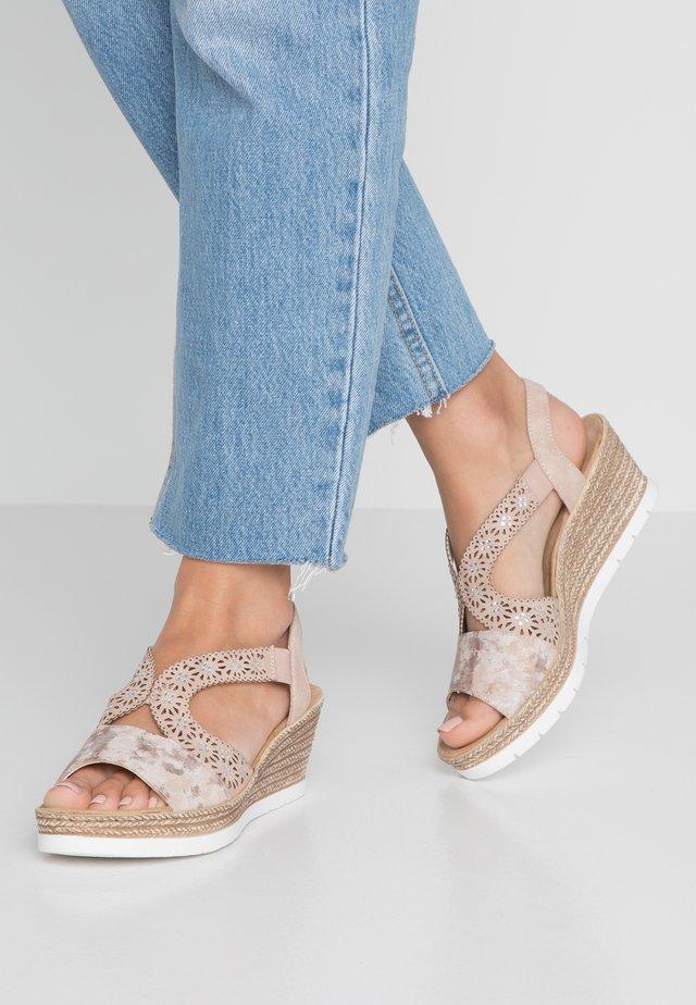 Sandales à plateforme - rosa/altrosa