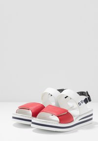 Rieker - Platform sandals - rosso/weiss/pazifik - 4