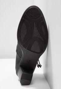 Rieker - Kotníková obuv - schwarz - 6