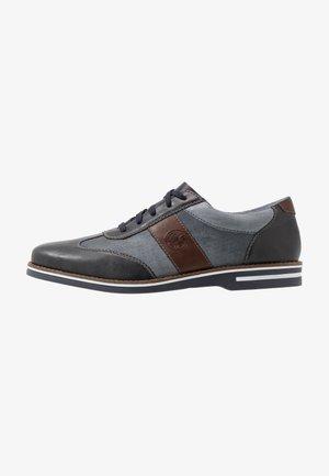 Volnočasové šněrovací boty - ozean/azur/kastanie
