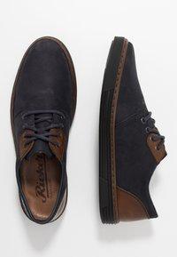 Rieker - Volnočasové šněrovací boty - navy/mogano - 1