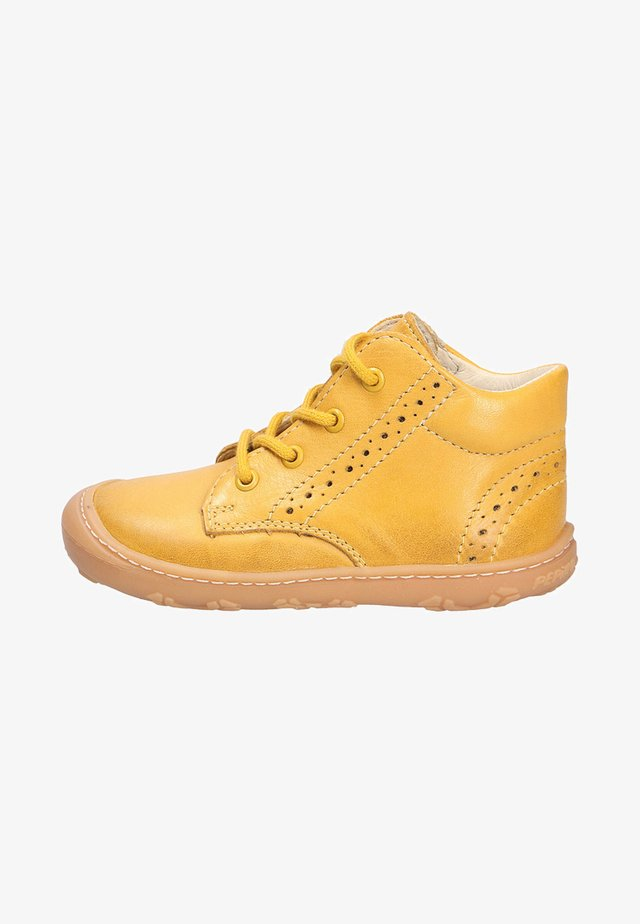Baby shoes - yellow