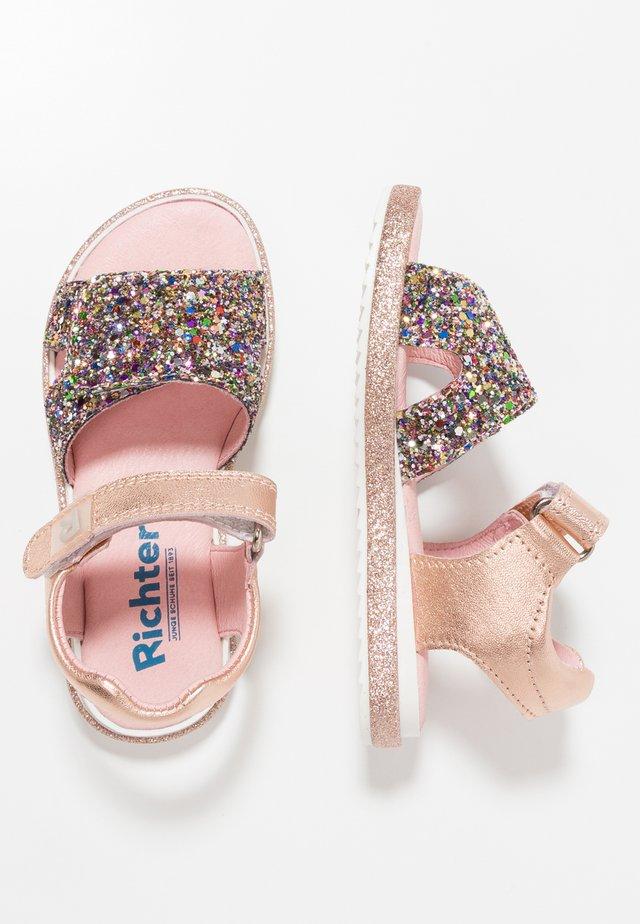 Sandals - gold/salmon