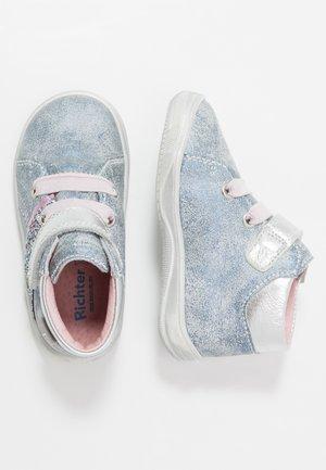 Lær-at-gå-sko - atlantic/silver/cand