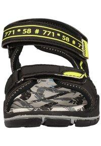 Richter - Trekkingsandaler - black/neon yellow 9902 - 5