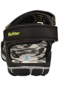 Richter - Trekkingsandaler - black/neon yellow 9902 - 4