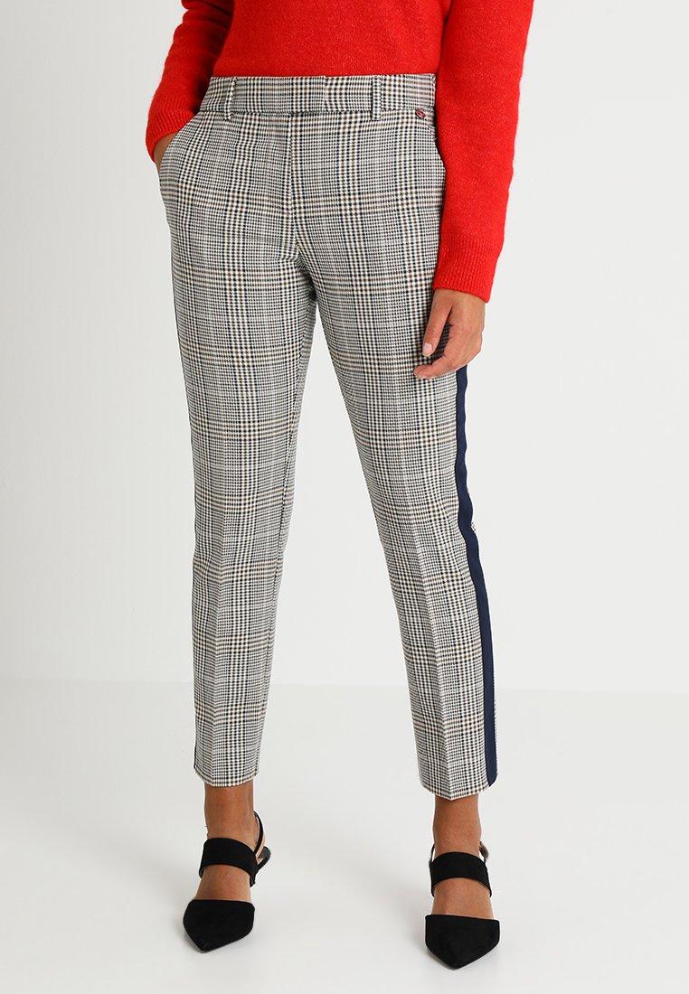 Rich & Royal - PANTS  - Pantalones - macchiato