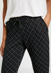 Rich & Royal - PANTS - Bukse - deep blue - 4