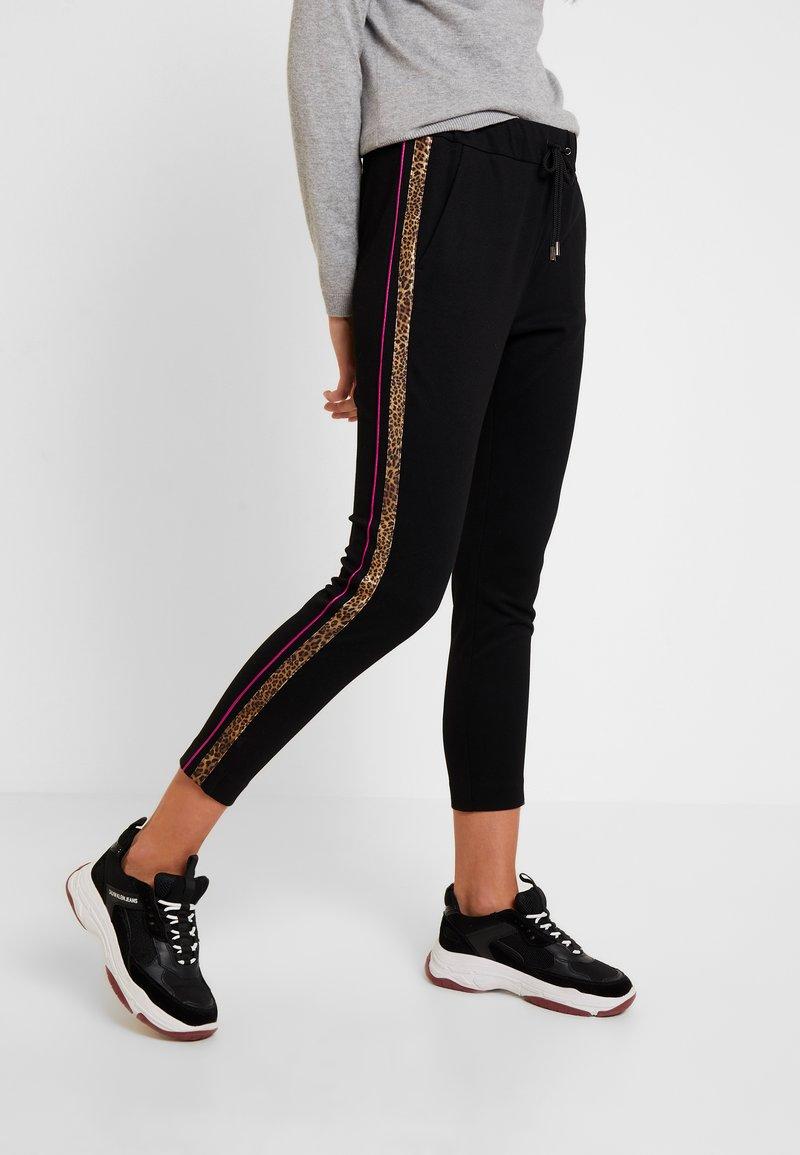 Rich & Royal - PANTS - Pantalones deportivos - black