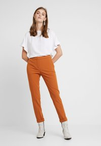 Rich & Royal - PANTS - Kalhoty - ginger brown - 1