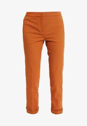 PANTS - Pantalones - ginger brown