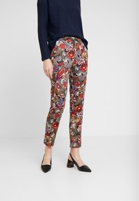 Rich & Royal - PANTS PRINTED - Bukse - cherry red - 0