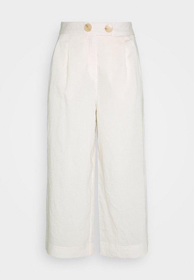 CULOTTE PANTS - Spodnie materiałowe - pearl white