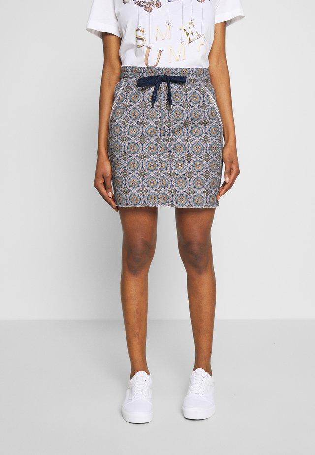 SKIRT WITH TILE PRINT - Pencil skirt - deep indigo
