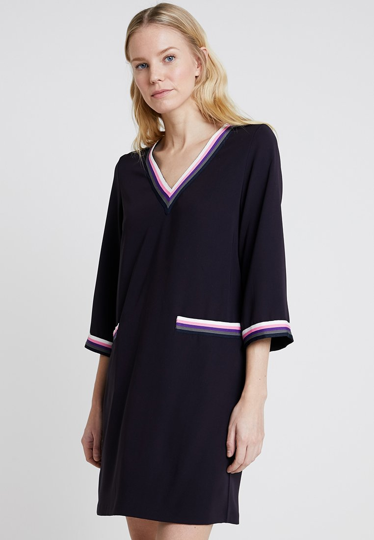 Rich & Royal - DRESS WITH SPORTY DETAILS - Freizeitkleid - deep blue