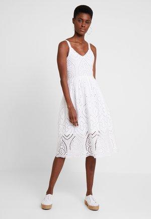 DRESS WITH EMBROIDERY ANGLAISE - Denní šaty - white