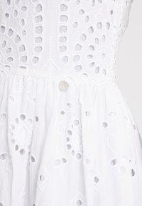 Rich & Royal - DRESS WITH EMBROIDERY ANGLAISE - Denní šaty - white - 5