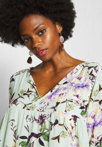 Rich & Royal - DRESS WITH FLOWER PRINT - Kjole - jade mint - 3