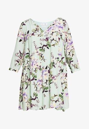 DRESS WITH FLOWER PRINT - Day dress - jade mint