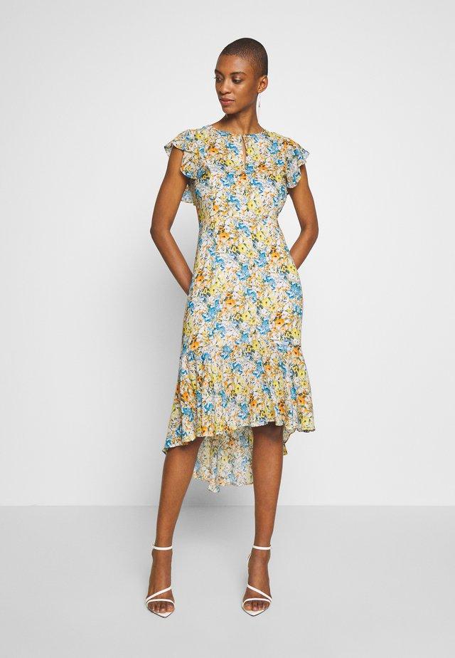 DRESS LONG PRINTED - Denní šaty - white