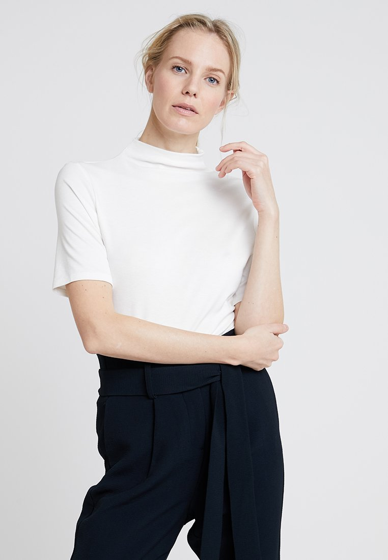 Rich & Royal - FUNNEL NECK - Basic T-shirt - white