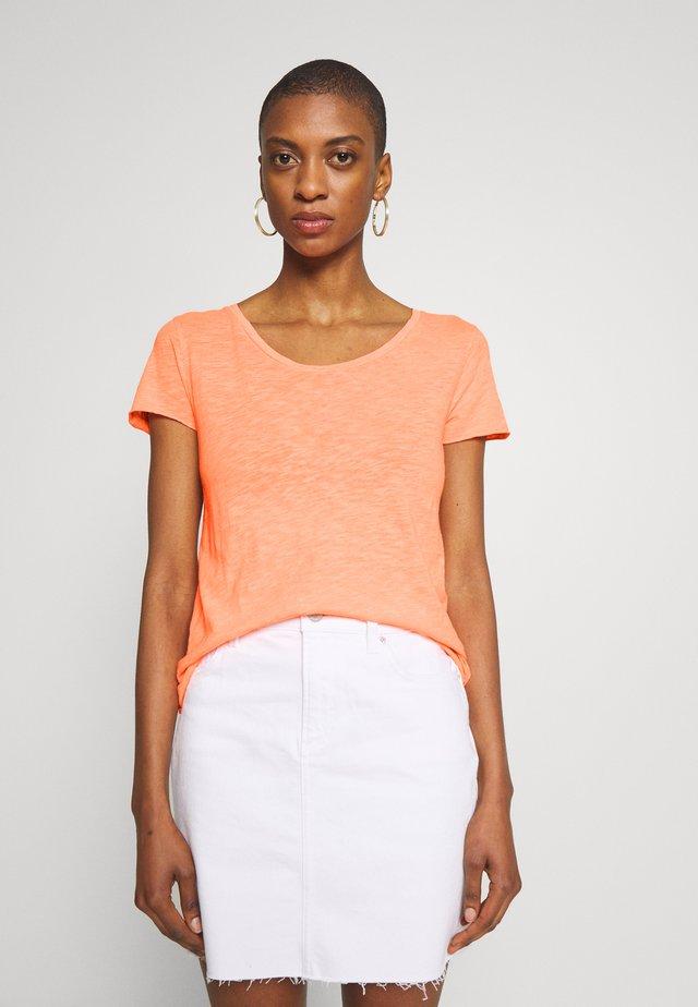 T-shirt basic - neon orange