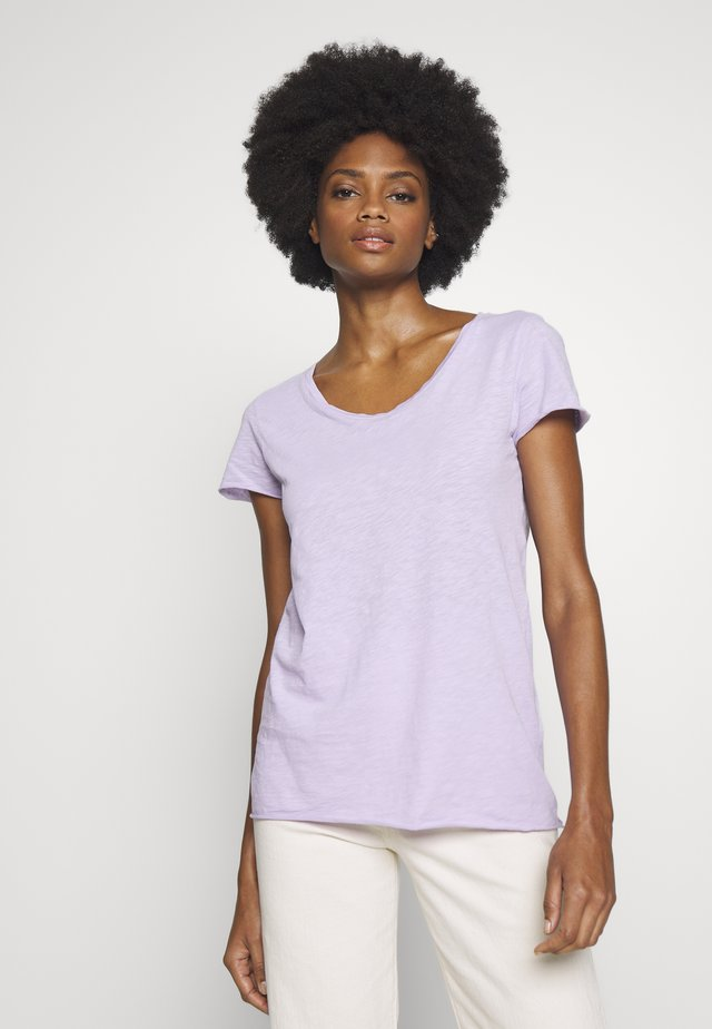 T-Shirt basic - pastel lilac